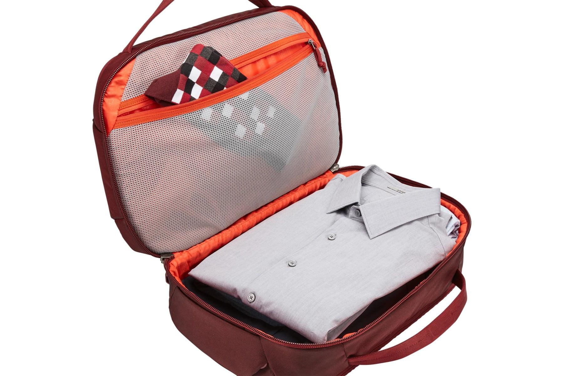 Geanta voiaj Thule Subterra Boarding Bag 4