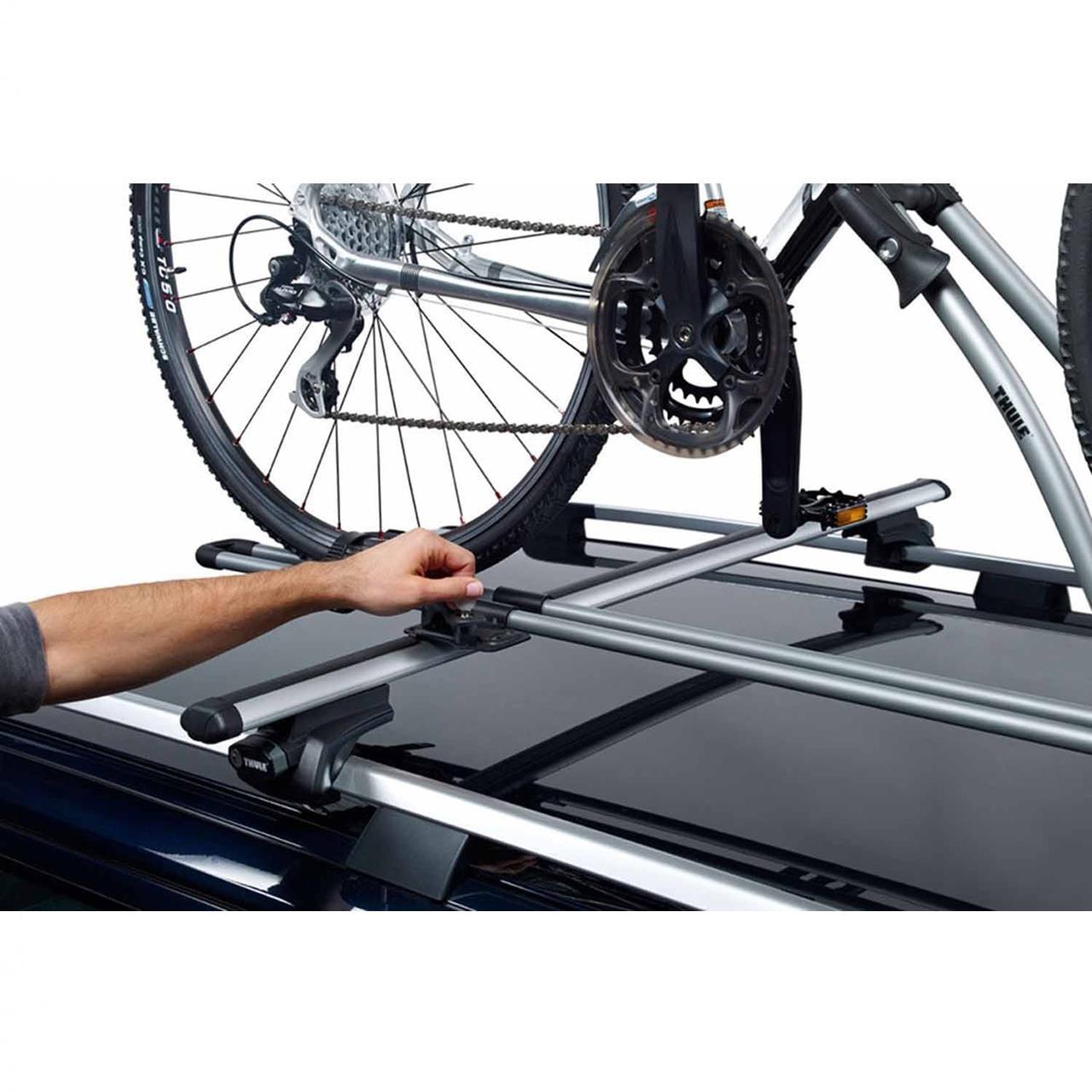 Pachet 2 buc suporturi biciclete Thule FreeRide 532 cu prindere pe bare transversale 8