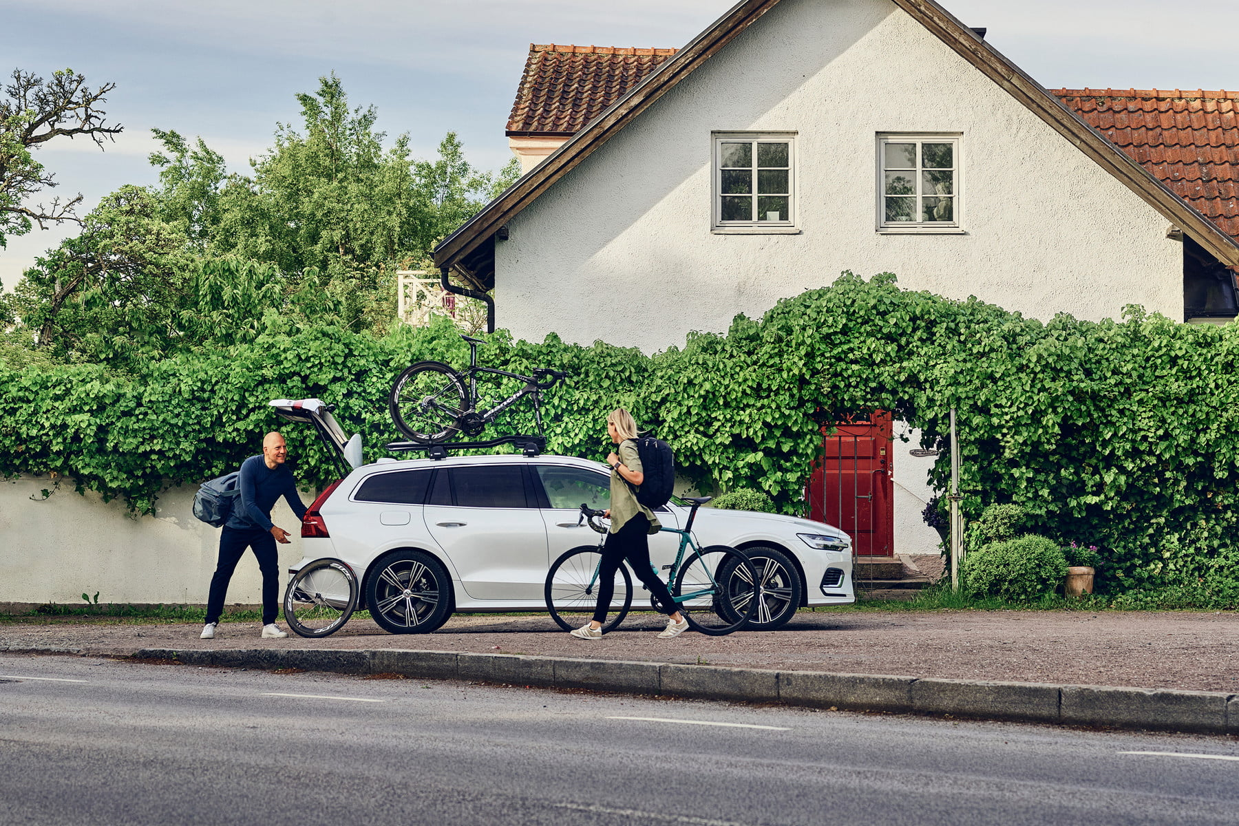 Suport biciclete Thule FastRide cu prindere pe bare transversale 3