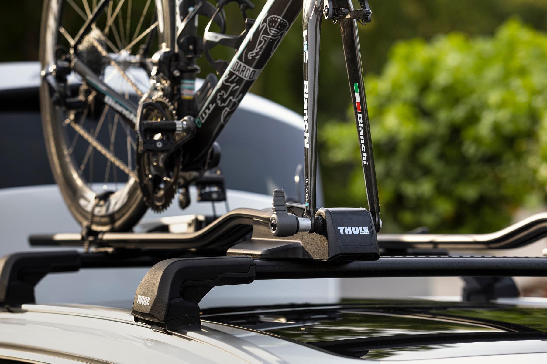 Suport biciclete Thule FastRide cu prindere pe bare transversale 4