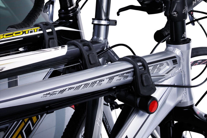 Suport biciclete Thule HangOn 974 cu prindere pe carligul de remorcare pentru 3 biciclete 1